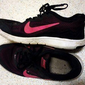 Nike runners, size 4.5 uk, 7 us,